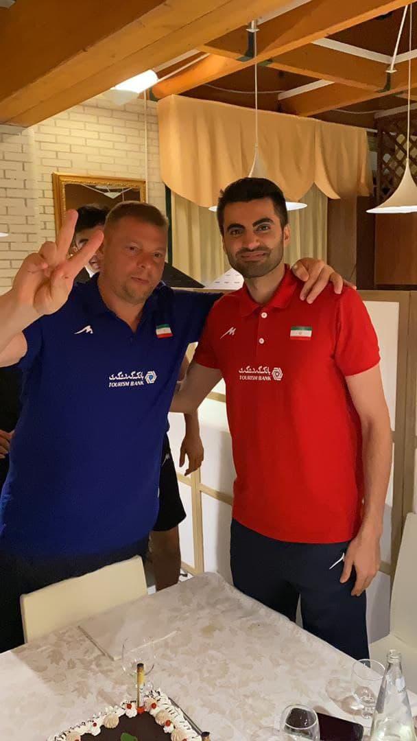 جشن تولد امیر غفور در اردوی تیم ملی والیبال