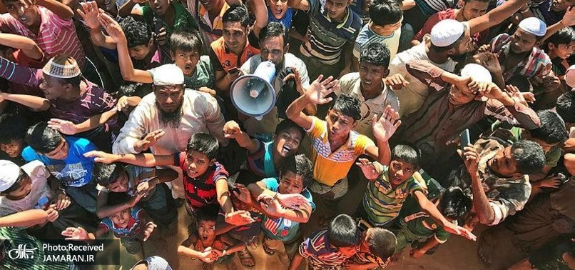 806x378-thousands-of-rohingya-protest-against-conditions-on-bangladesh-island-1622469219040