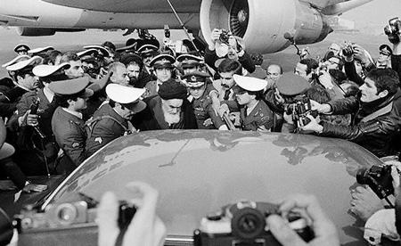 استقبال+مردم+از+ورود+امام+به+ایران