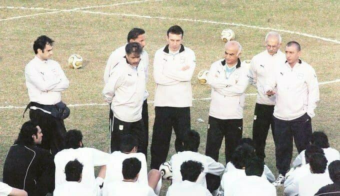 قلعه نویی با سری تراشیده شده در تیم ملی فوتبال