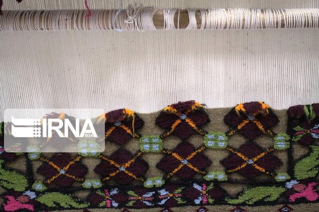 یک سرمایه گذار برای فروش صنایع دستی روستای سربیشه در گچساران معرفی شد