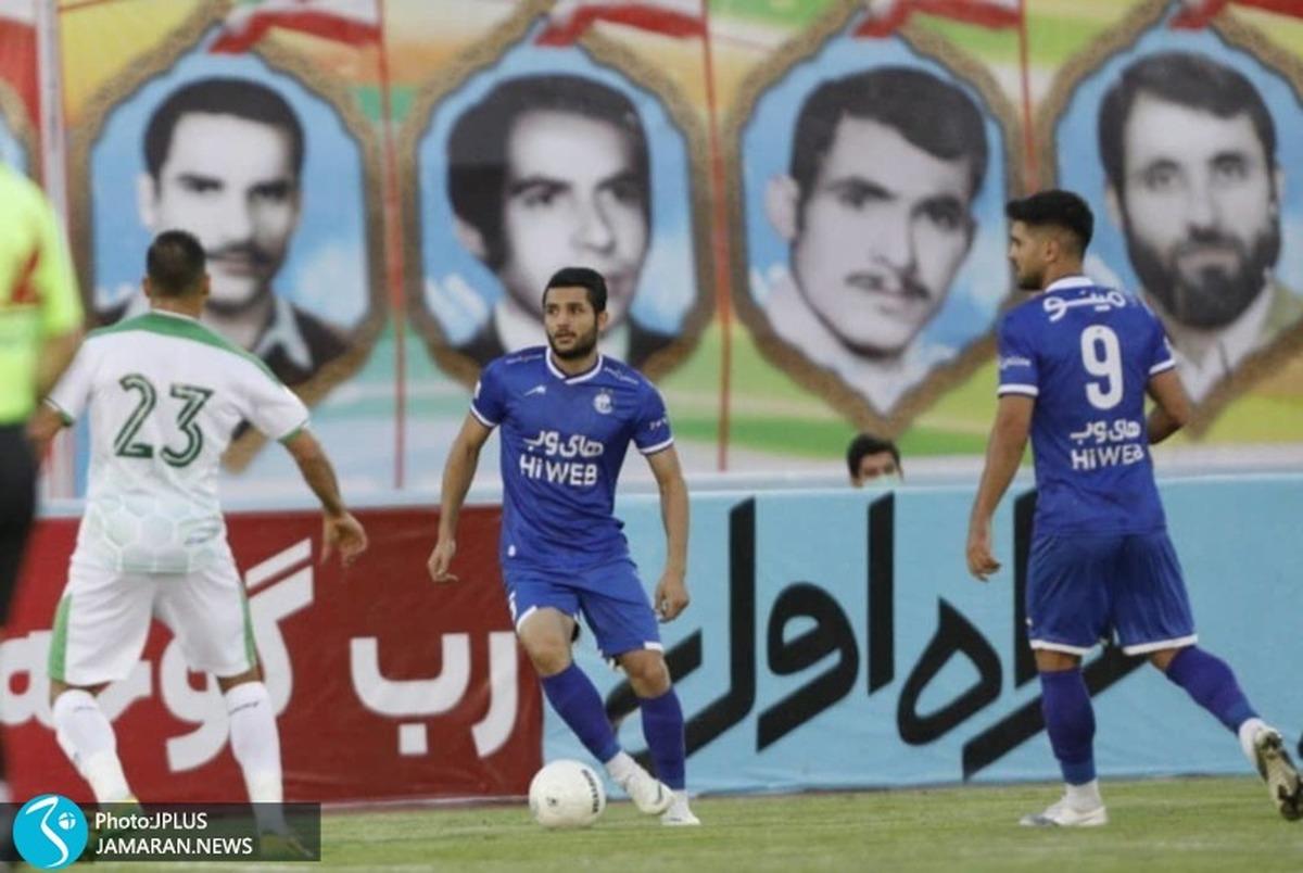 عارف غلامی: از فوتبال زده شدهام/ با خودی و غیرخودی میجنگیم