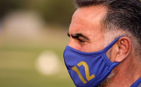 راز عدد 12 روی ماسک سرمربی استقلال