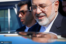 ظریف: همانند همیشه اولویت ایران همسایگانش است
