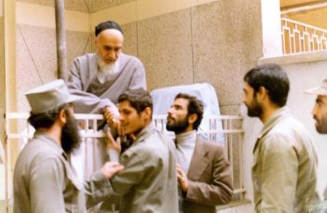 فرمانده ای که دو بار به شهادت رسید/دیدار عباس با امام