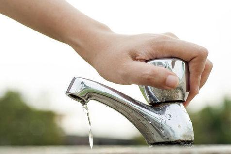 تهرانی ها ۷۰ لیتر  آب بیشتر از سرانه کشور مصرف می کنند