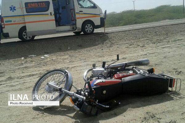 مرگ دلخراش موتورسوار یزدی زیر چرخهای خودروی پراید