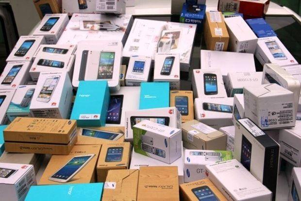 قاچاقچی گوشی تلفن همراه به جریمه بیش از پنج میلیارد ریالی محکوم شد