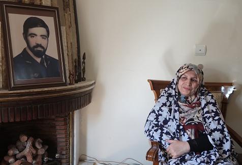 بانو منصور پور و 33 سال چشم به راهی