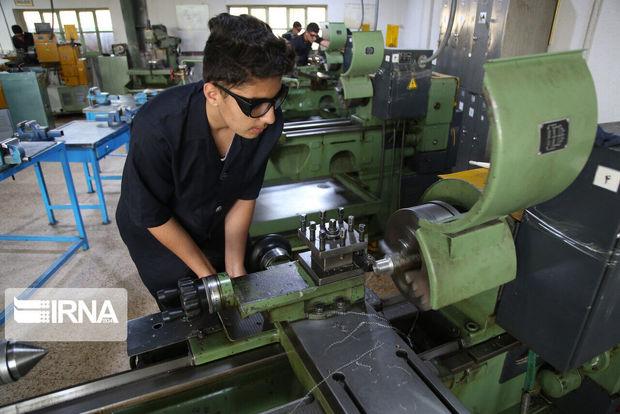 ۴۰درصد متقاضیان آموزشگاههای فنی و حرفهای فارغالتحصیلان دانشگاهی هستند