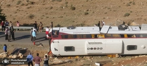 هفته آینده، گزارش واژگونی اتوبوس خبرنگاران و سربازان در صحن مجلس قرائت میشود
