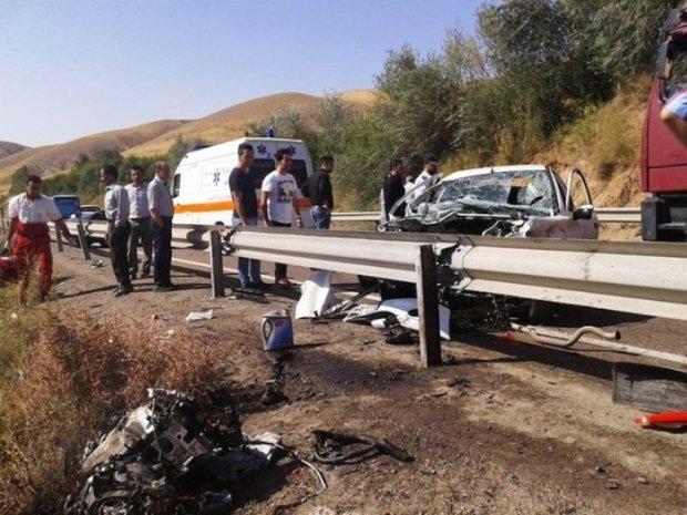 سانحه رانندگی در مهریز یزد،2 کشته و 2 زخمی بر جا گذاشت