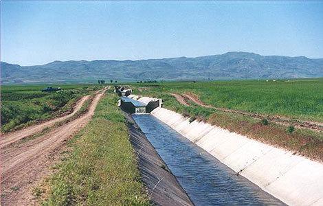 لایروبی 800 هکتار از زهکشهای اراضی کشاورزی ماهشهر