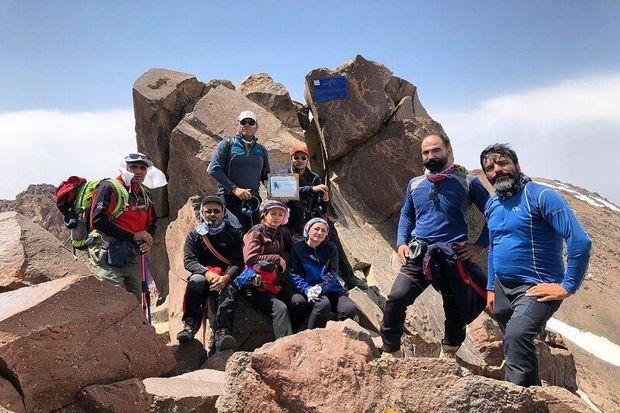 صعود کوهنوردان شاهیندژی به قله سبلان
