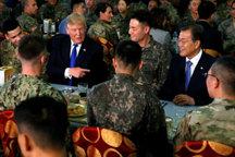 شام ترامپ با نظامیان آمریکایی در کره جنوبی+ تصاویر
