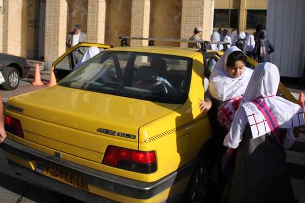 تعیین تکلیف رانندگان دارای گواهینامه پایه 3 در سرویس مدارس