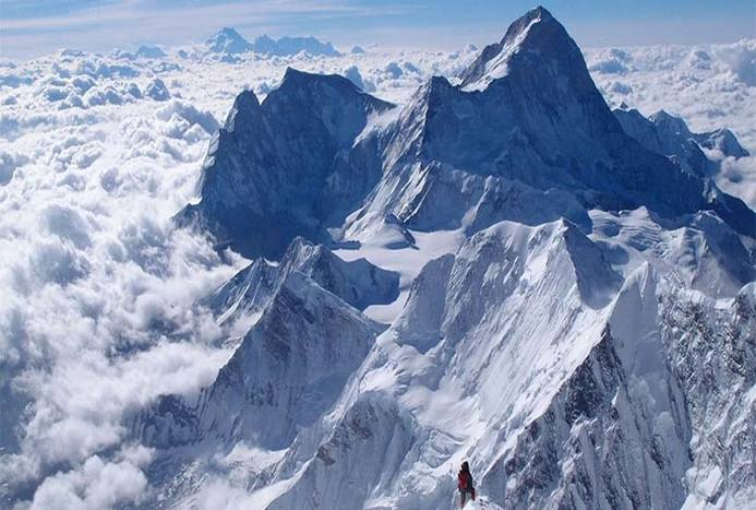 ماجرای مرد مبتلا به بیماری ام اس که توانست قله اورست را فتح کند/ ویدیو