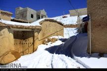 برف تردد در روستاهای آذربایجان شرقی را کند کرد