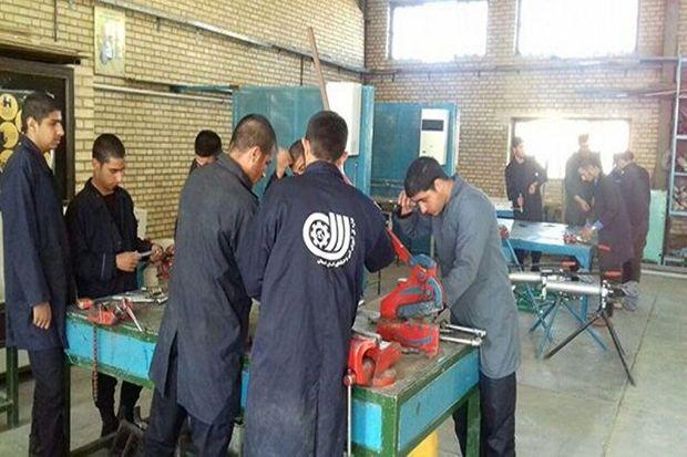 مهارت آموزی با رویکرد کارآفرینی، پاشنه آشیل بازار کار