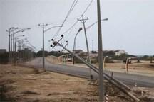 وزش باد شدید 200 میلیون ریال به شبکه برق پلدختر خسارت وارد کرد