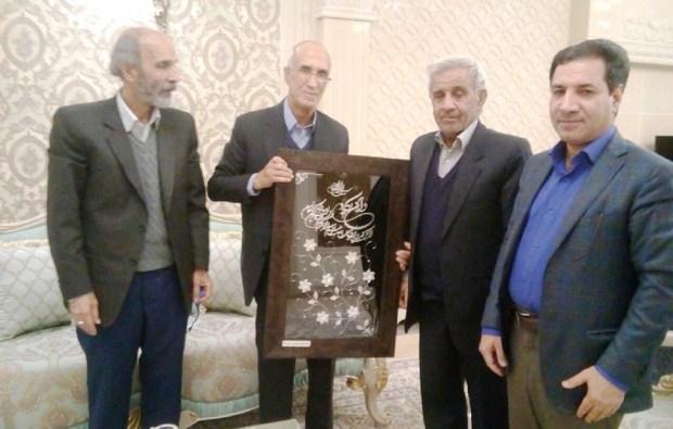پیشکسوت فوتبال یزد تجلیل شد