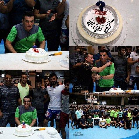 جشن تولد محمد بنا در اردوی تیم ملی+ عکس