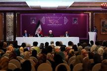 رئیسجمهور روحانی: هر ایرانی، سفیر ایران در خارج از کشور است /تحریم میدان ارتباط با ملتها را محدودتر میکند /حاکم فعلی آمریکا بیش از یکسال است میخواهد برجام را از بین ببرد و هر بار میگوید این آخرین امضای من است!