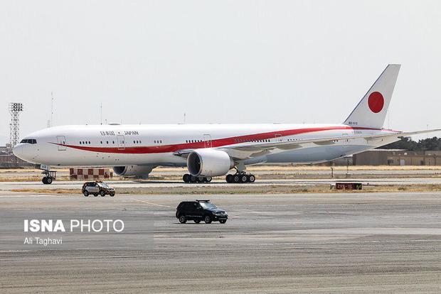 عکس هواپیمای نخست وزیر ژاپن در فرودگاه مهرآباد تهران