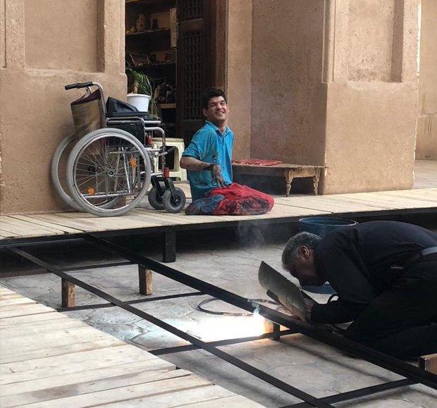 شادی نوجوان معلول یزدی پس  از مناسب سازی یک محله برای تردد معلولان
