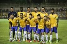 هواداران تیم نفت مسجدسلیمان در ورزشگاه جشن و پایکوبی کردند