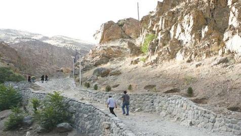 نجات دو کوهنورد جوان در ارتفاعات دارآباد