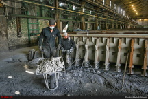 معوقات کارگران کاشی کوثر کویر به زودی پرداخت می شود
