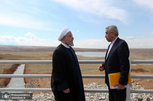افتتاح و آغاز عملیات اجرایی ۲۲ طرح و پروژه اقتصادی و زیربنایی در آذربایجان غربی با اعتباری بالغ بر ۳۵۰۰ میلیارد تومان