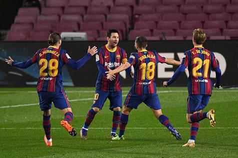بازگشت هیجان انگیز بارسلونا و صعود نفسگیر به فینال