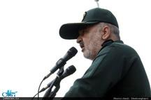 سردار سلامی: تا جایی که تهدید باشد، برد موشکهای ما تا آنجاست/ ما اگر بخواهیم از یمن حمایت کنیم از کسی واهمه نداریم
