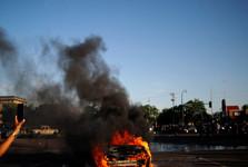کشته شدن3 نفر در تیراندازی به معترضان در شهر ایندیاناپولیس آمریکا
