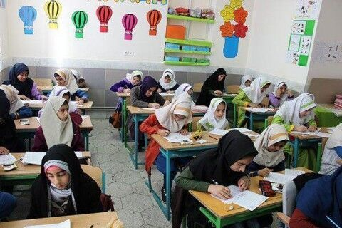 سند تحول بنیادین آموزش و پرورش بروجن رونمایی شد