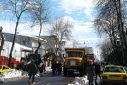 عملیات پاکسازی کلانشهر رشت از برف ادامه دارد