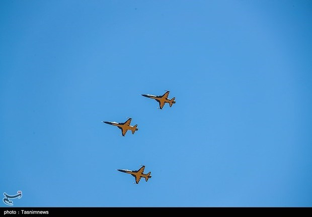 تحویل 3 فروند جنگنده کوثر به نیروی هوایی ارتش / تصاویر