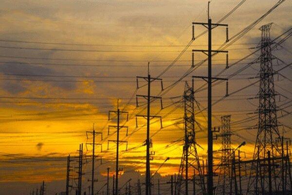 خسارت ۱۲۷ میلیونی تندباد به تاسیسات شبکه برق البرز
