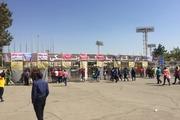 دستگیری دختران مردنما در ورزشگاه/ بلیت فروشی در آزادی+ تصاویر