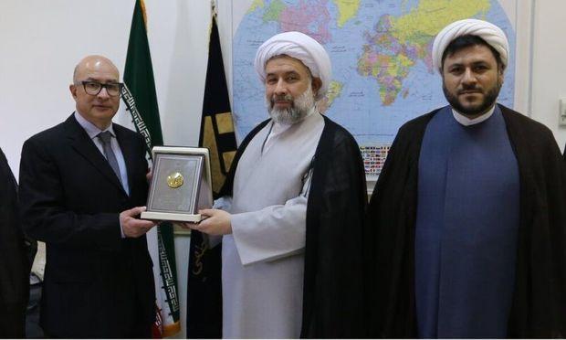 زمینه تبادل علمی دو کشور ایران و یونان تقویت شود