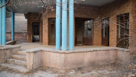 """شهرداری خانه """"نیما یوشیج"""" را خرید"""