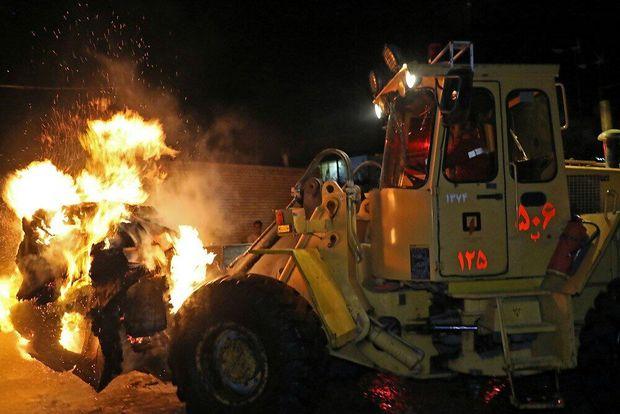 کارگاه تولید کارتن در حومه مشهد گرفتار آتش سوزی شد