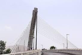 اتمام پل کابلی آستانه اشرفیه با جدیت دنبال شود