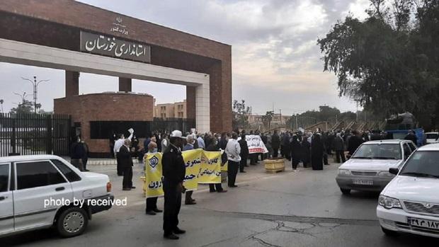 تجمع اعتراضی بازنشستگان تامین اجتماعی خوزستان + تصاویر