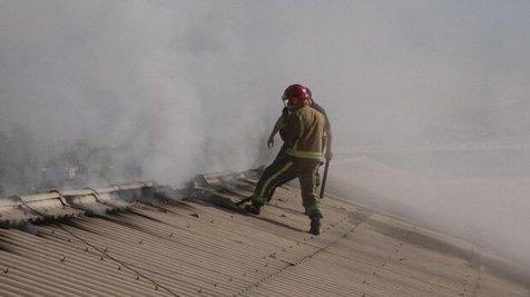 آتش سوزی ساختمانی در خیابان سمیه تهران