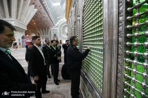 حضور فرمانده نیروی انتظامی در حرم مطهر امام خمینی(س)