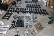 دو هزار آمپول و 25 قبضه سلاح قاچاق در گمرک بازرگان