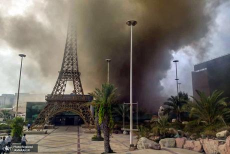 آتشسوزی در بازار پردیس 1 کیش + فیلم و عکس